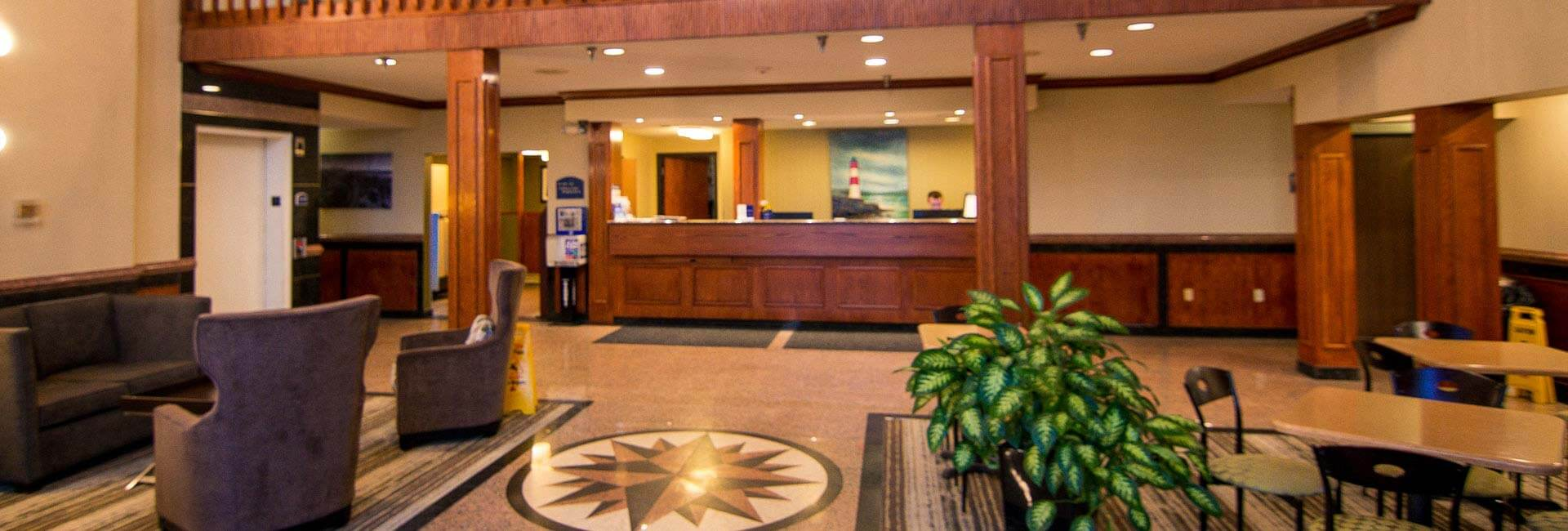 Best Western Airport Inn Hotel at Warwick
