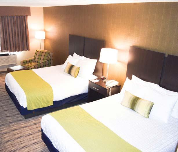 Standard Double Queen Room in Best Western Airport Inn Hotel, Warwick