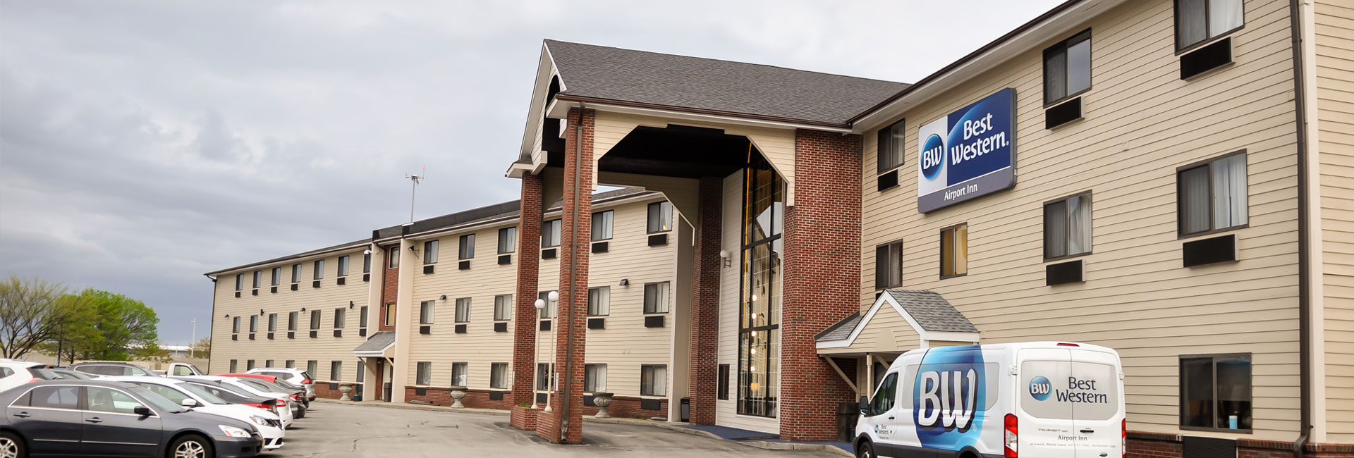 Location of Hotel Best Western Airport Inn, Warwick