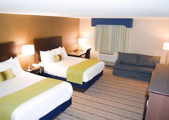 Double Queen Suite Room at Best Western Airport Inn Hotel, Warwick