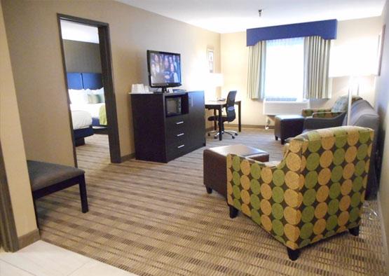 Executive Suite Room in Best Western Airport Inn Hotel, Warwick