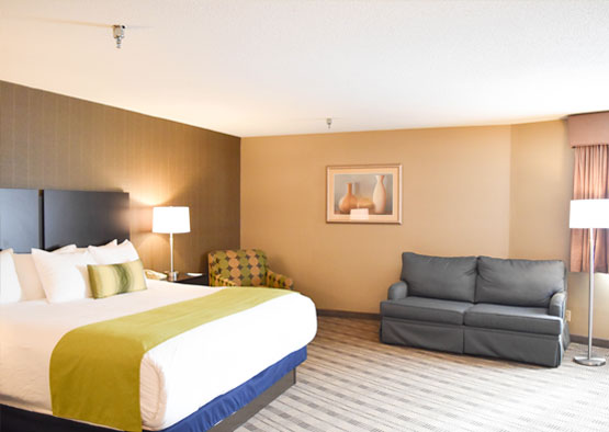King Suite of Hotel Best Western Airport Inn, Rhode Island
