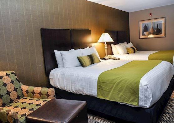 Standard Double Queen Room in Best Western Airport Inn Hotel, Rhode Island
