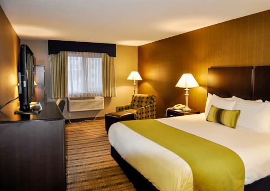 Standard One King Room of Best Western Airport Inn Hotel, Rhode Island